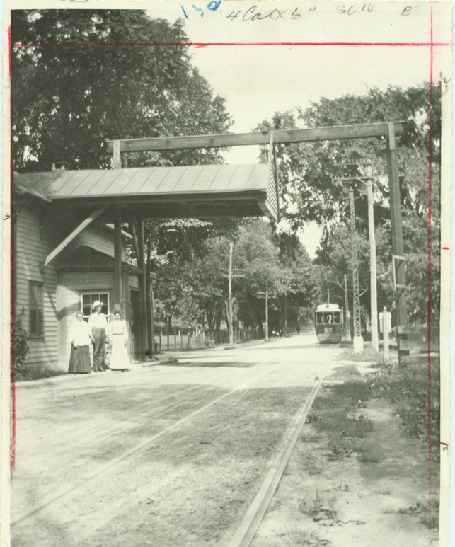 Kenwood Toll Gate